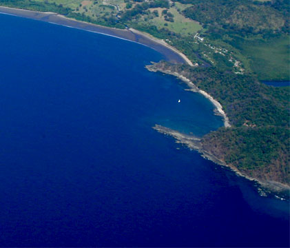 Costa Rica Golf vacations and beach real estate